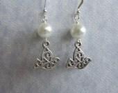 The Erin Earrings - Swarovski Pearl & Silver Filigree Dove Earrings