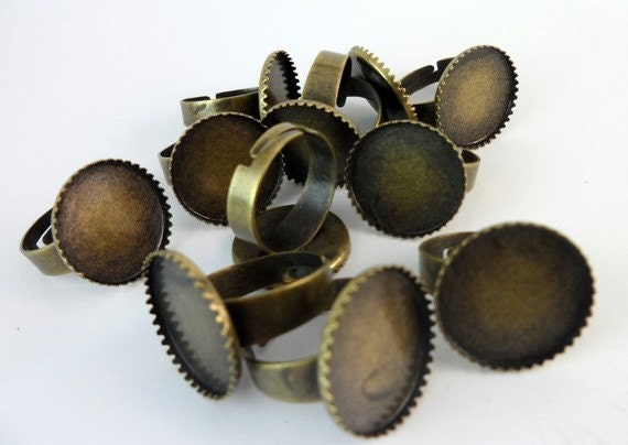 10 PCS Antique Bronze Tone Brass Adjustable Ring Base Blank Findings with 18 mm Pad Cameo Setting