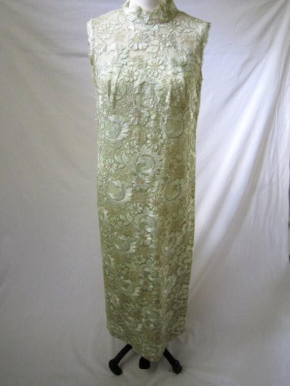 Vintage Lace Sheath Dress Gown