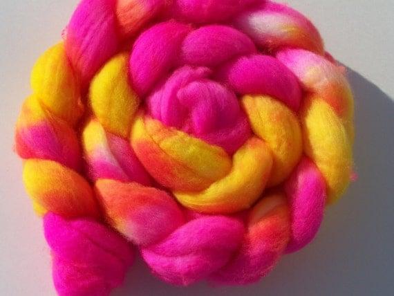 Hand dyed Superwash Merino combed top, roving, spinning fiber 4 oz