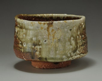 Shigaraki, anagama, ten-day anagama wood firing, with natural ash deposits tea bowl. chawan-30