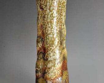 Shigaraki, anagama, ten-day anagama wood firing, with natural ash deposits wall hanging flower vase, kake-24