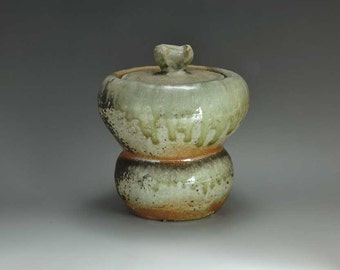 Shigaraki, anagama, ten-day anagama wood firing, with natural ash deposits water jar. mizu-26