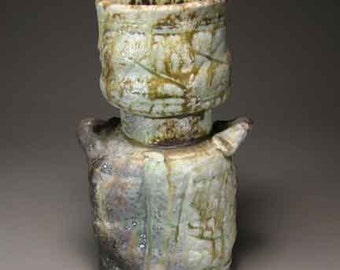 Shigaraki, anagama, ten-day anagama wood firing, with natural ash deposits Iga flower vase. igahana-12