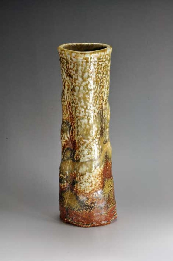 Shigaraki, anagama, ten-day anagama wood firing, with natural ash deposits wall hanging flower vase, kake-24