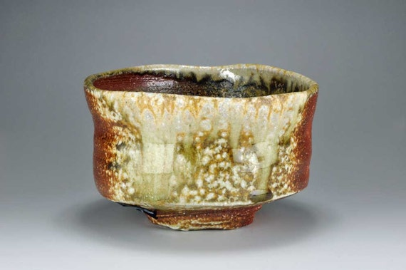 Shigaraki, anagama, ten-day anagama wood firing, with natural ash deposits tea bowl. chawan-62