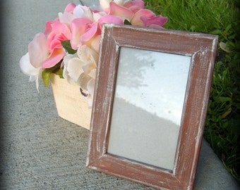 Set of two 4x6 white washed frames