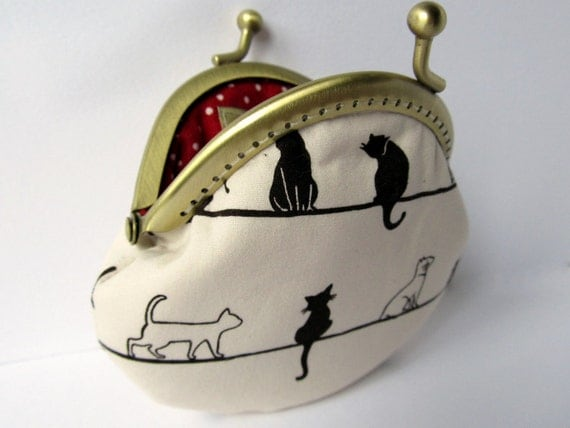 Small cream beige coin purse clasp purse kiss lock with black and white cats - red lining