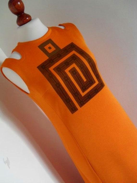 PIERRE ARNOUX  PARIS . The Fifth Element . Honey Orange Cutout Signed Mod  . 1960s 60s Space Era . M medium
