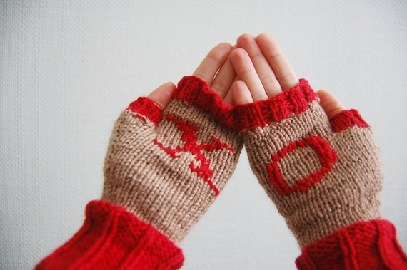 Fingerless mittens. Fingerless gloves. Merino fingerless mittens. Valentine gloves/mittens. Free Shipping Etsy