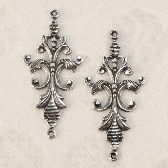 Antique Silver  Long Fleur Pendant Connector (2 pieces) TS70