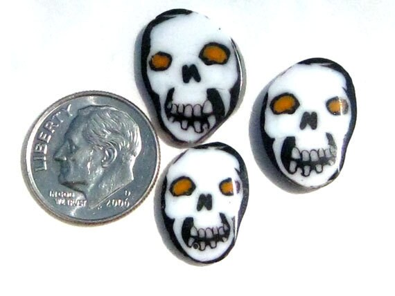 Blak and White Fire Eye Skull Murrini