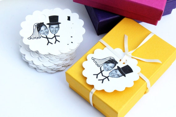 Custom Scalloped Wedding Tags // Personalized Wedding Labels