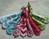 Newborn, Infant, Toddler, Baby Child Christmas Neck Tie with  Chevron design and Adjusting Clasp