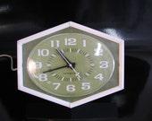 Mid Century Modern, vintage 1950's GE wall kitchen clock