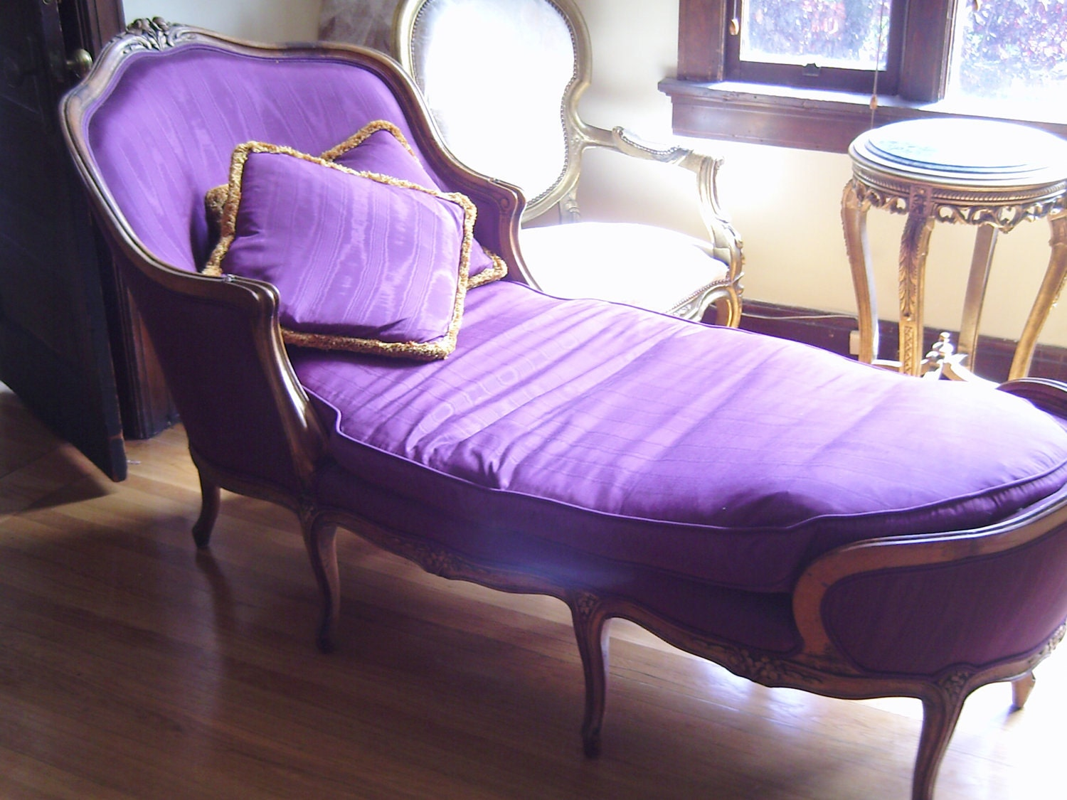 French Purple Fainting Couch Hollywood Regency