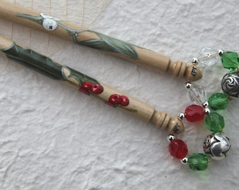 Painted lace bobbins - Mistletoe and Holly