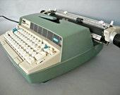 Mid Century Type Writer Smith Corona 250 Electric Blue Green