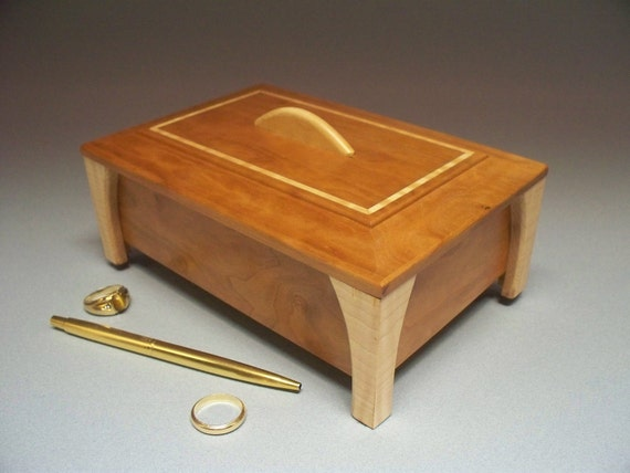 Cherry & Maple Collectibles Box - Lacquer Finish
