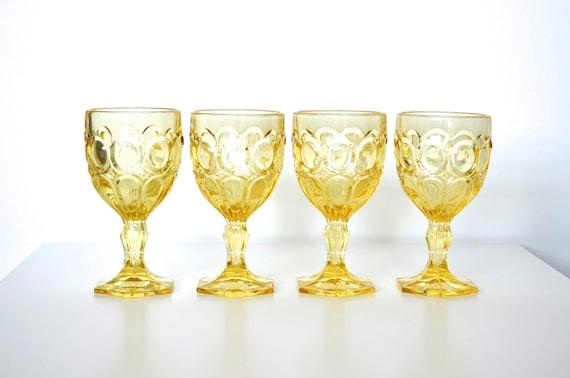 Fostoria glass goblet Moonstone pattern - set of 4
