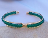 Free Shipping / Emerald Green Versatile Cuff