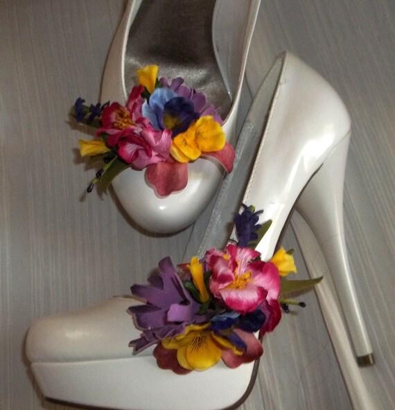 Spring Flower Shoe Clips, Floral Shoe Clips, Bridal Shoe CLips, Wedding Clips for Shoes, Springtime Accessories, Destination Wedding