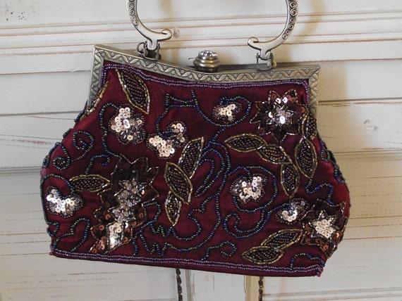 beautiful  beaded handbag shabby chic / reds / golds