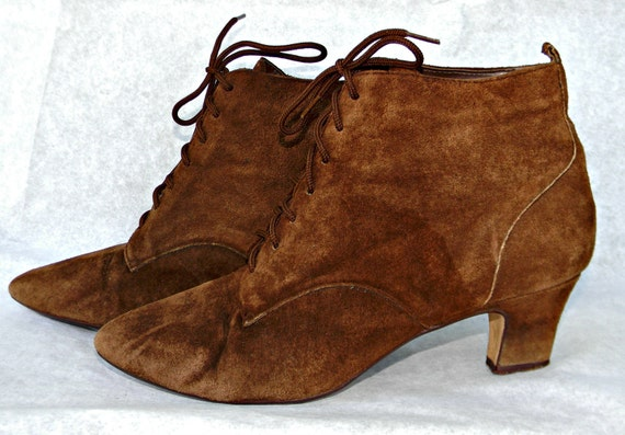 90s Lace Up Ankle Boots Granny Boots Brown Suede