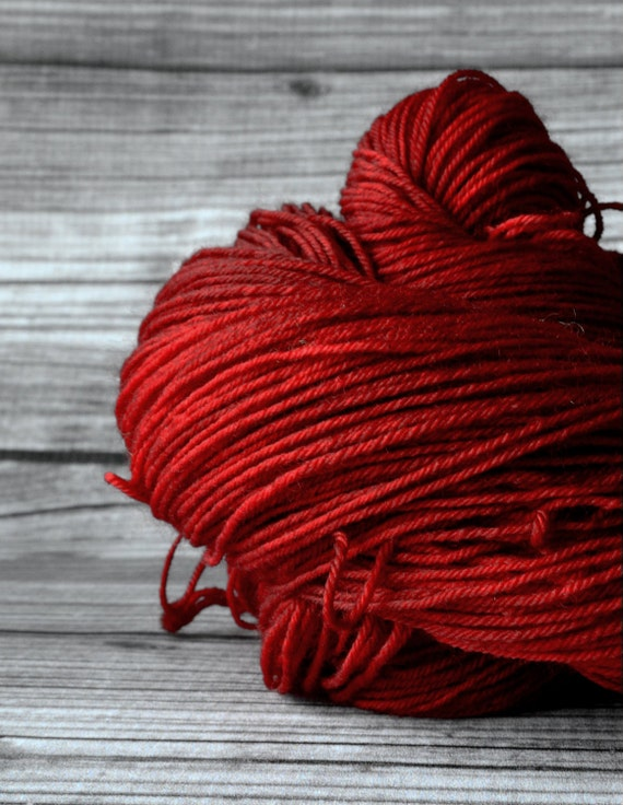 Lust-  sock/ fingering yarn superwash - Yarn Loft