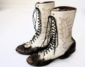Vintage 2 Tone Rustic Leather Lace Up Boots - Western Urban Motorcycle