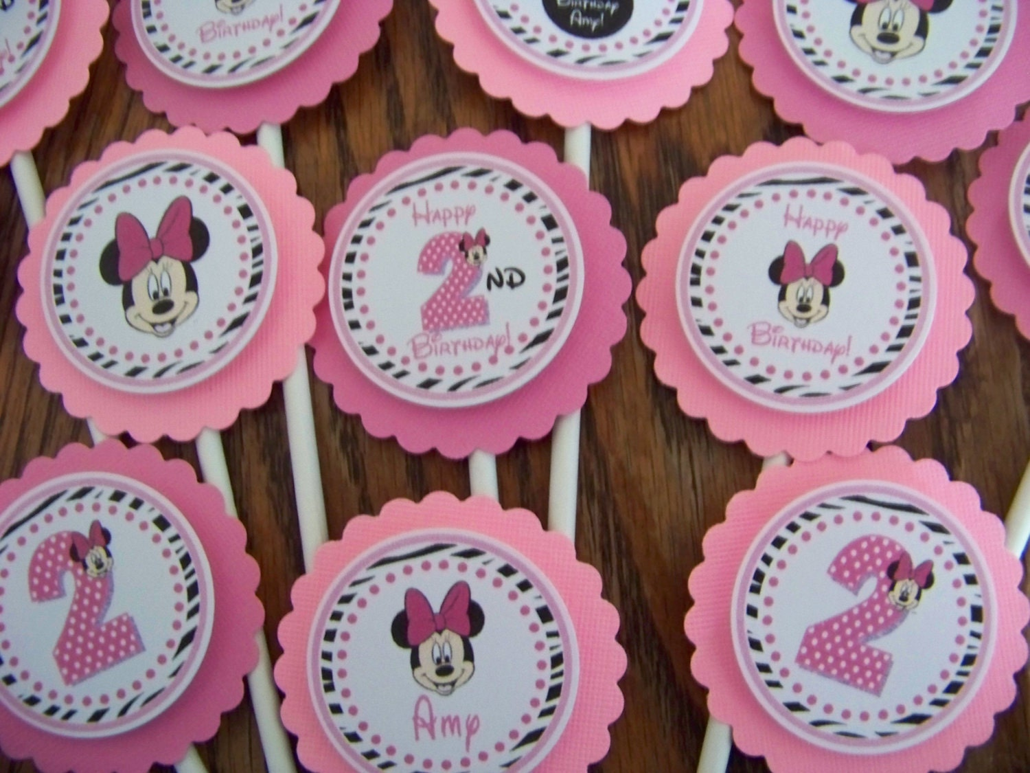 Minnie Mouse Cupcake ToppersMinnie Mouse Birthday Cupcake