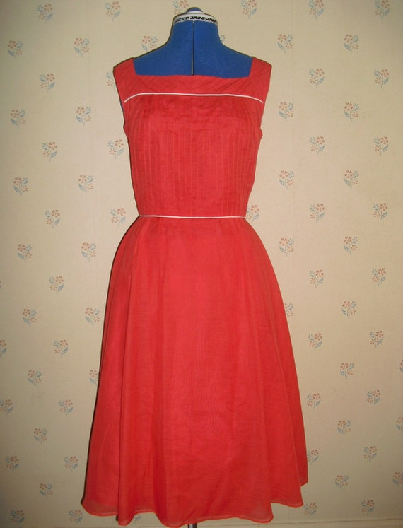 S-A-L-E Sweet 50s influenced 1970s 80s retro coral aline vintage dress