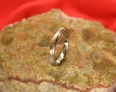 Hammered Satin with Polished Edges 3mm Titanium Ring - MapleBearJewelry