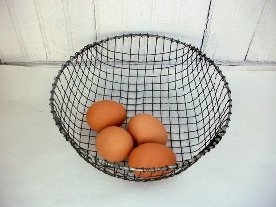 Metal Wire Farmhouse Egg Basket Vintage