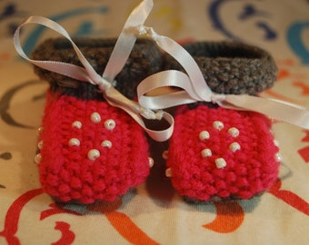 On sale,Handmade baby booties