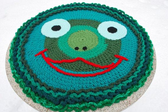 On sale,Frog handmade circle rug