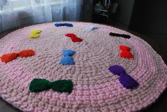 On sale,Ten bows handmade circle rug