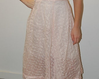 Peggy Sue Candy Pastel Pink Embroidered Pearl Buttoned Dress- Small 2/4