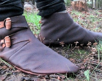 Dorestad: Old Norse Reproduction Handmade Leather Shoe