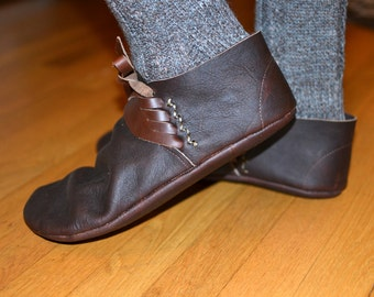 Magor: Late Roman Style Handmade Leather Shoe