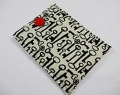 Padded Kindle Sleeve/ Kindle Fire/ Nook/ eReader Cover - Old Fashion Skeleton Key Pattern