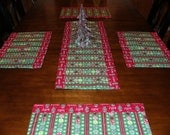 Nostalgic Red & Green Merry Christmas Table Runner and Mat Set -5 piece small set