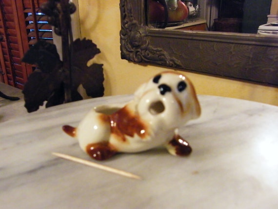 Beagle Hagen Renaker Pedigree Ceramic Beagle Figurine