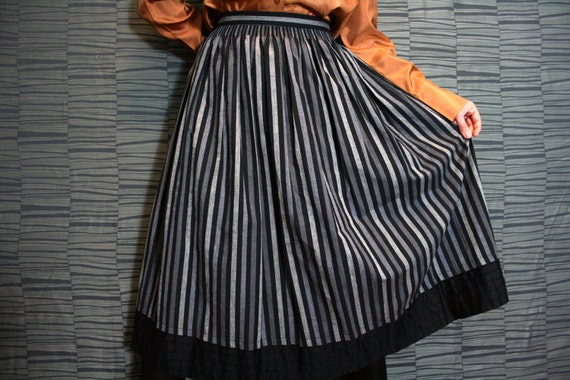 Vintage Black and Grey Full Folk Skirt
