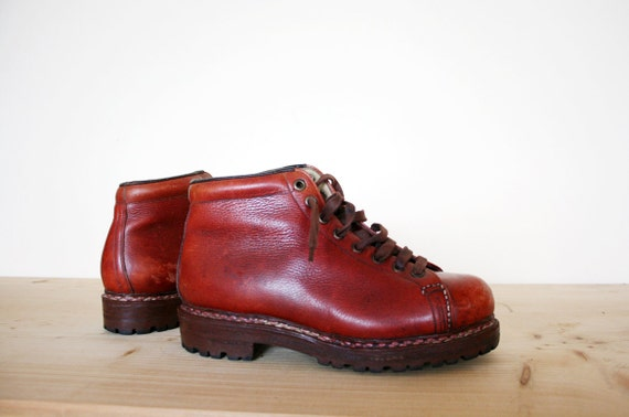 Vintage Vibram Sole Mahogany Brown Leather Alpine Hiking Ankle Boots