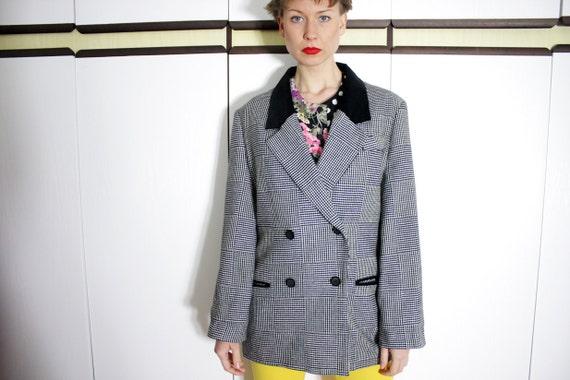Vintage Wool and Velvet Black and White Houndstooth Checkered Blazer Jacket