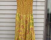 Vintage Hippie Boho plunging neckline sun dress ala 1960s 1970s great print