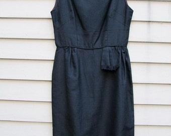 Little black dress ala 1940s ww11 era.