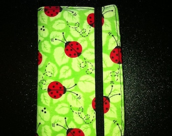 iPhone 3,3GS, 4, 4S, 5, iPod Touch 4G, 5 wallet with removable gel case ladybug polka dots