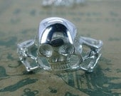 Ladies' Spindly Skull Ring with Crossbones